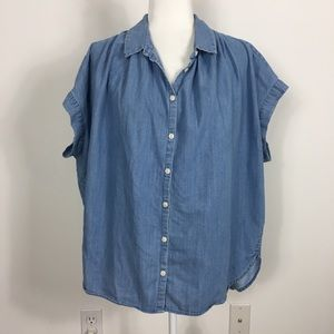 Madewell Blue Central Chambray Button Up Shirt